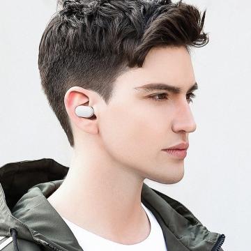 Беспроводная моногарнитура Xiaomi Bluetooth Headset Mini, внутриканальный, одновременное подключение у двум устройствам, микрофон MEMS с системой шумоподавления, контактная магнитная зарядка, световой индикатор, звуковые подсказки, влагозащита IPX4, защита от брызг, легкая гарнитура: вес 4,5 г, Киев