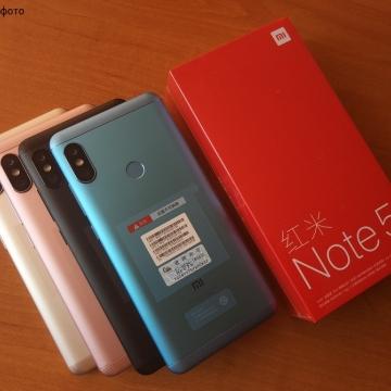 Смартфон Xiaomi RedMi Note 5 (3 + 32 Гб, с поддержкой CDMA), алюминиевый корпус с пластиковыми вставками, 2 SIM-карты, 2G GSM, 3G WCDMA, 3G CDMA, 4G LTE, 8-ядерный процессор Snapdragon 636, Adreno 509, 3 Гб RAM + 32 Гб ROM, экран 5,99'' IPS 2160 * 1080, 18:9, 2,5D, двойная основная камера 12 MP + 5 MP, селфи камера 13 MP, аккумулятор 4000 мА/ч, сканер отпечатков пальцев, GPS, FM Radio, OTG, инфракрасный порт, MIUI 9, Android 8.1, УКРАЇНСЬКА МОВА, Киев