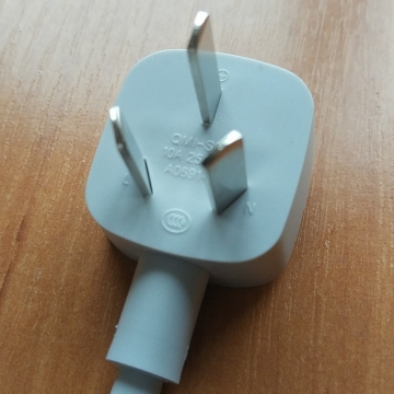 Удлинитель Xiaomi Mijia Power Strip 6, негорючий пластик, термоустойчивость до 750 ℃, медный кабель, бронзовые контакты, 6 универсальных розеток (EU, UK, US, AU, CN), 3 порта USB, быстрая зарядка, Quick Charge, нескользящие ножки, Киев