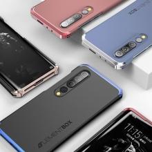 Чехол Element Case Solace (Element Box) для смартфона Xiaomi Mi10, противоударный бампер, корпус из поликарбоната, алюминиевые накладки, бампер состоит из трёх частей, скрученных четырьмя винтиками, в комплект входит отвёртка и 2 запасных винтика, резиновые прокладки на внутренней поверхности рамы для защиты корпуса смартфона, встроенные кнопки регулировки громкости, фабричная упаковка, Киев