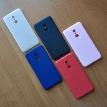 Чехол-накладка для смартфона Xiaomi Redmi 5, противоударный бампер, термополиуретан TPU, эластичность, устойчивость к растяжению, устойчивость к царапинам, накладки на кнопки регулировки громкости и включения / выключения, двойное отверстие для крепления ремешка, чёрный, синий, красный, розовый, белый (полупрозрачный), Киев