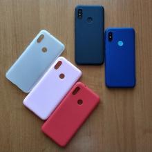 Чехол-накладка для смартфона Xiaomi Redmi 6 Pro / Xiaomi Mi A2 Lite, противоударный бампер, термополиуретан TPU, эластичность, устойчивость к растяжению, устойчивость к царапинам, накладки на кнопки регулировки громкости и включения / выключения, двойное отверстие для крепления ремешка, чёрный, синий, красный, розовый, белый (полупрозрачный), Киев