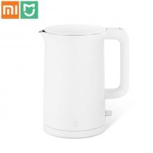 Электрический чайник Xiaomi MiJia Electric Kettle, двойной слой нержавеющей стали AISI 304, матовый пластик, клавиша включения / выключения с LED подсветкой, термостат Strix (Великобритания), нагрев 1,5 л воды до 100 градусов за 5 минут, защита от включения чайника без воды, автоматическое отключение при выкипании воды, объём: 1,5 л, мощность: 1800 Вт, белый, Киев